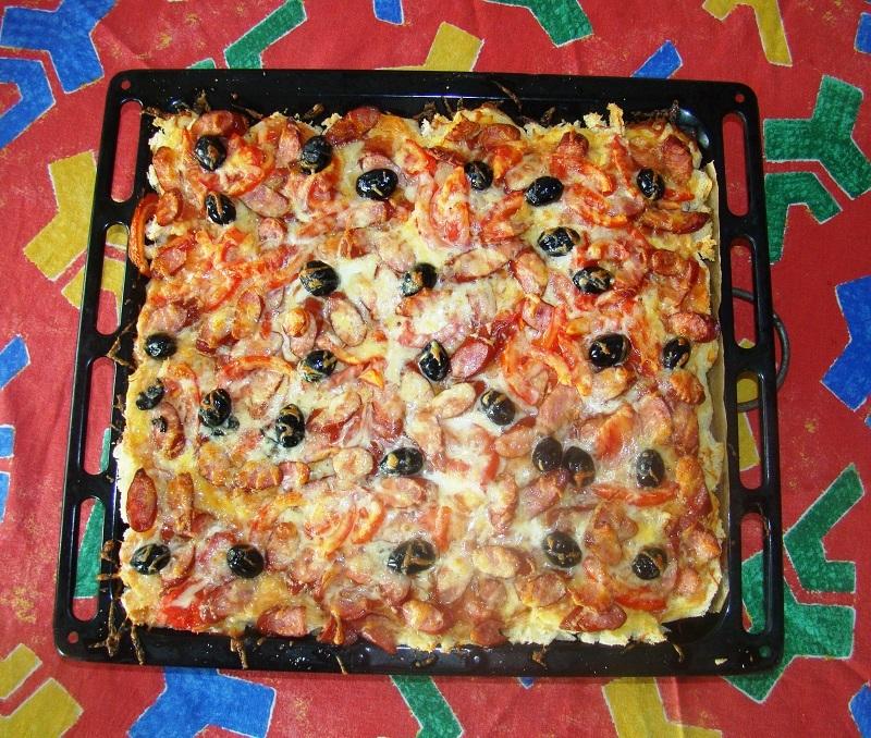 """""""Pizza"""" din felii de paine"""