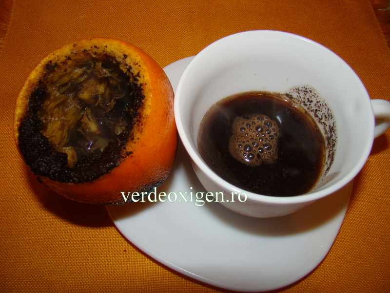 ibric din portocala cu cafea
