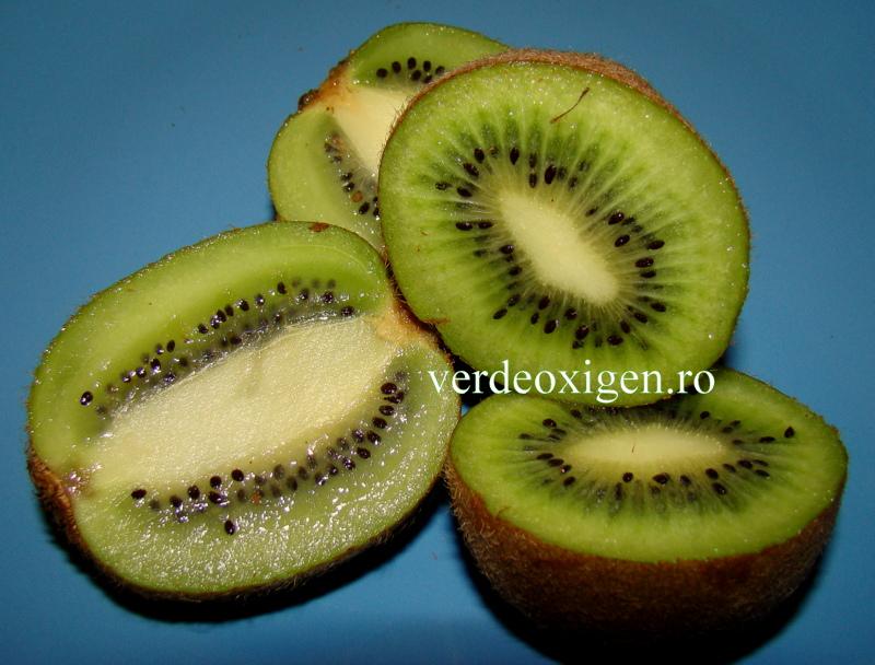 kiwi dulci-acrisoare