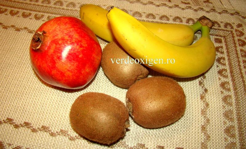 rodie cu banane si kiwi