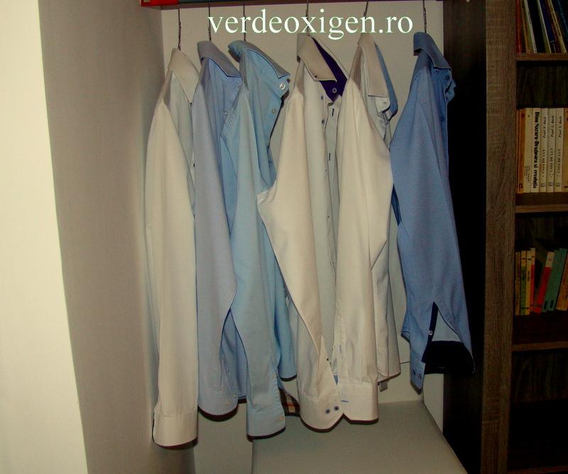 camasi calcate si puse pe umeras