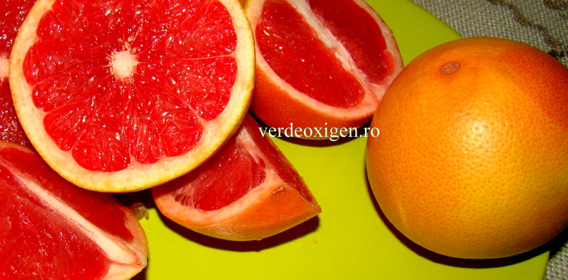 grapefruit rosu taiat