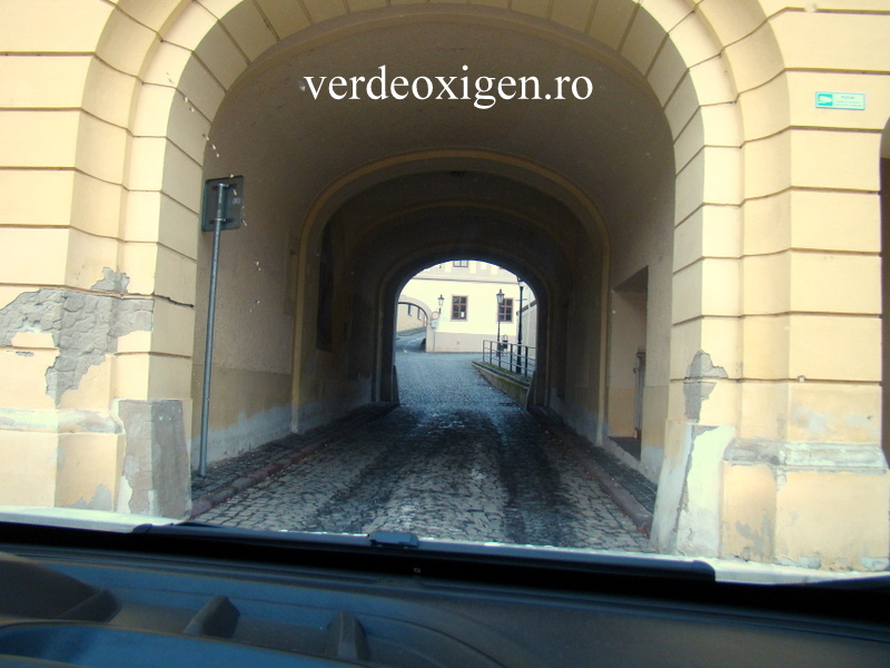 Strada spre castelul Nitra